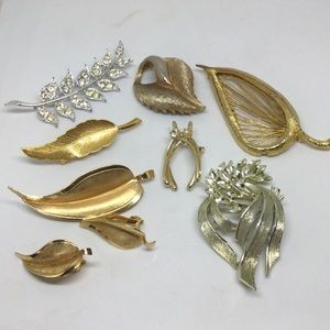 Lot Of Leaf Brooches Lisner Giovanni